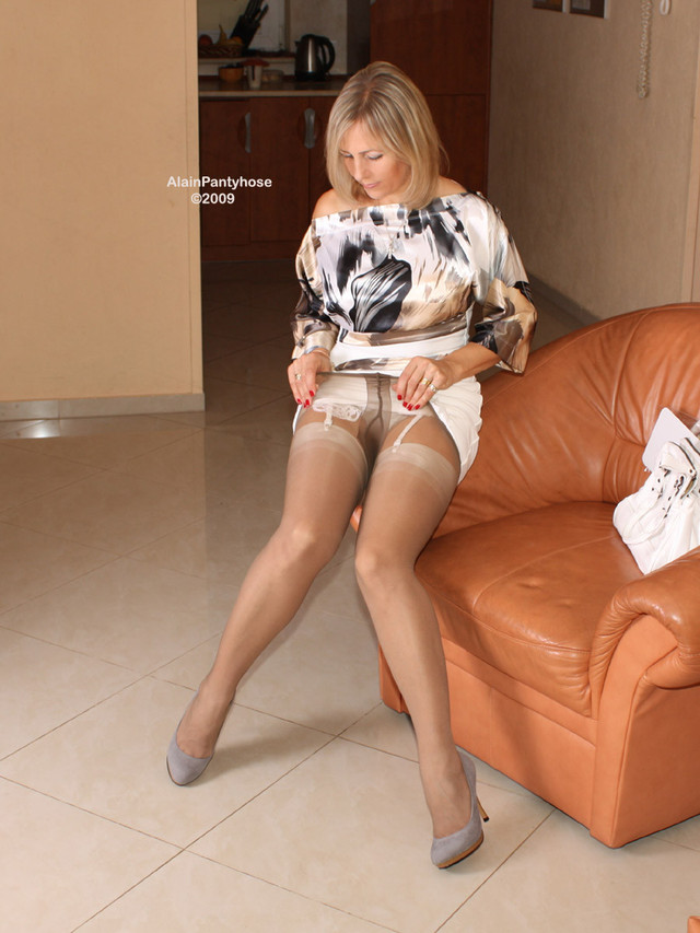 pantyhose hot pics porn photo hot over mature fetish stockings pantyhose ala