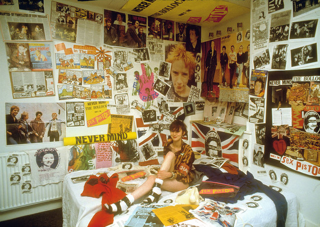 photos of girl on girl sex girl liz pistols memorabilia
