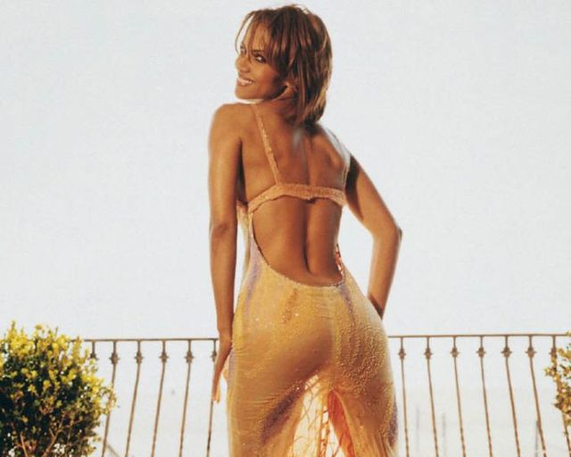 picture of a sexy ass photos pics famous sexiest birthday halle berry