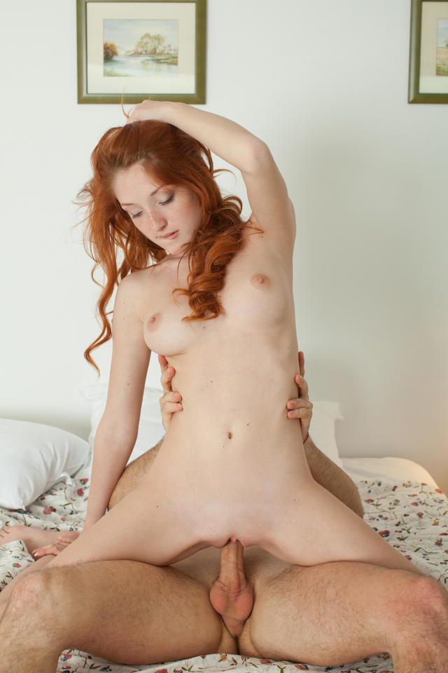Redhead com on stomach
