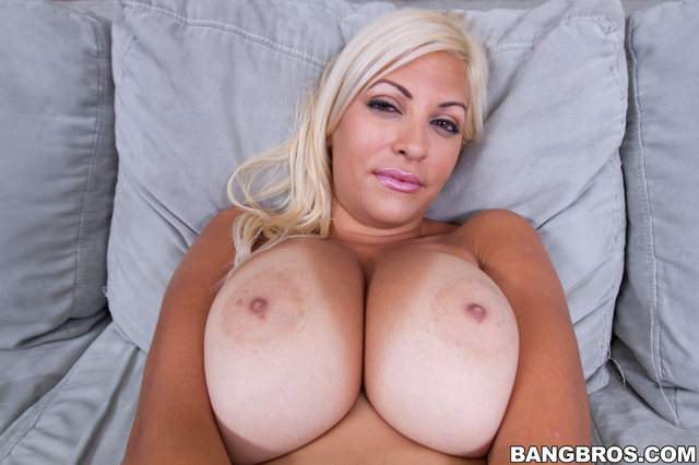 pornography tits tits round natural bangbros asses perfect jazmyns