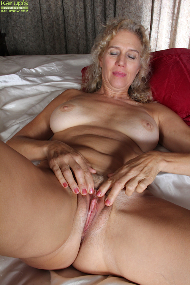 Milf amateur home free