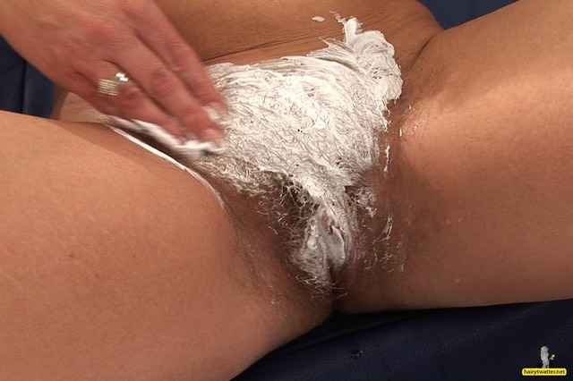 pussy shaving galleries photo photos pussy sets shaving susi