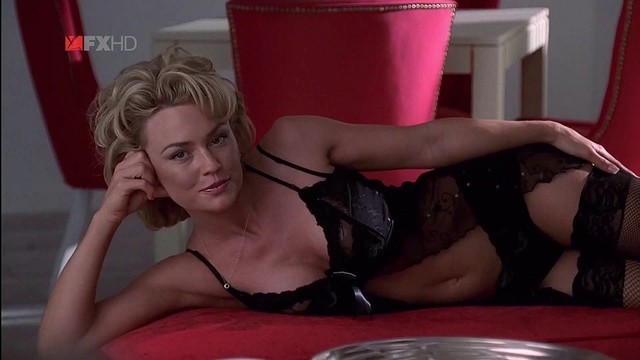 sex lingerie pics mix cleavage lingerie nip kelly tuck carlson