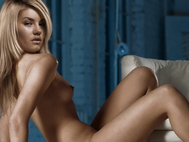 sexiest naked celebrities photo hot celebrities nude naked elisha cuthbert
