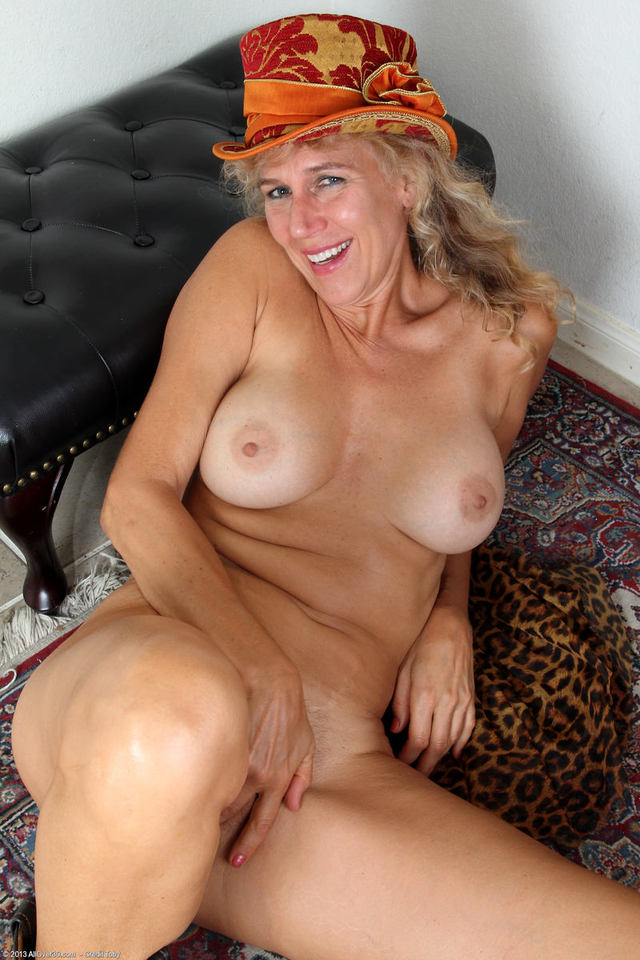 Hot old grannies nude