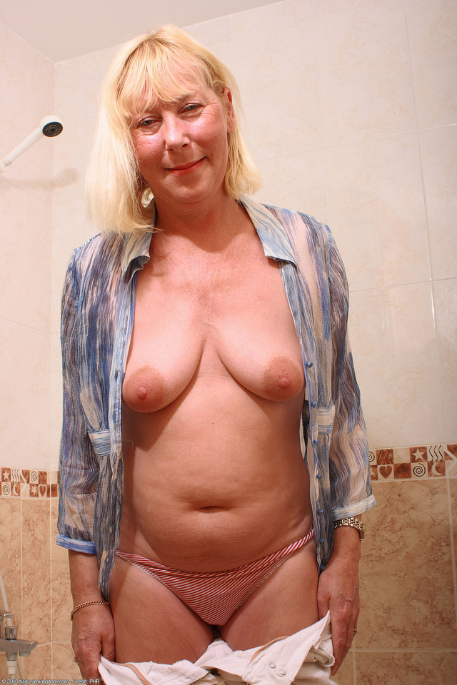 pictures old bbw old large bbw hairy fat blonde mature bath ugly saggy hairystars wtxwzeo