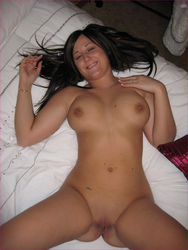 sexy naked brunette original amateur tits sexy female nude like slut behaves