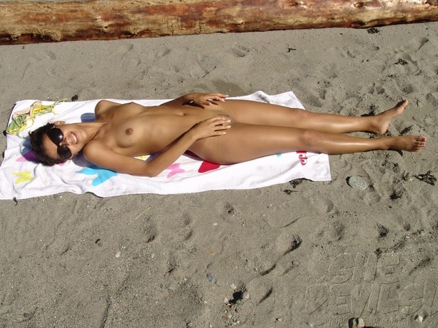 sexy nude beach pictures amateur galleries sexy nude beach tanned selfshots