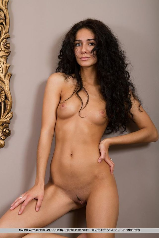 Long Black Hair Naked Woman 29