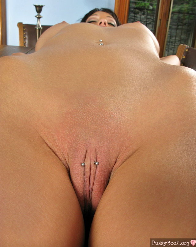 shaved pussy close up piercing shaved pussy close walls