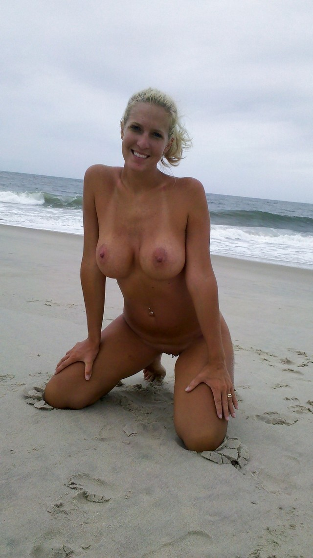 shaved vagina gallery porn photo amateur shaved pussy mature outdoors beach side sea