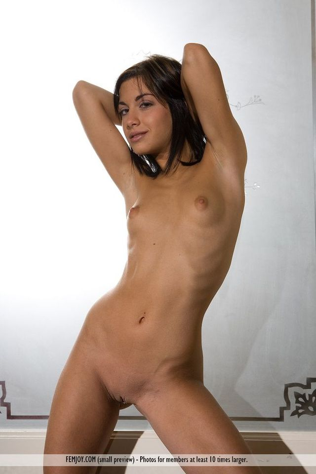 nude daddy s girl