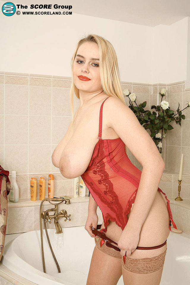 the biggest tit pics nipples world who biggest dffecaa