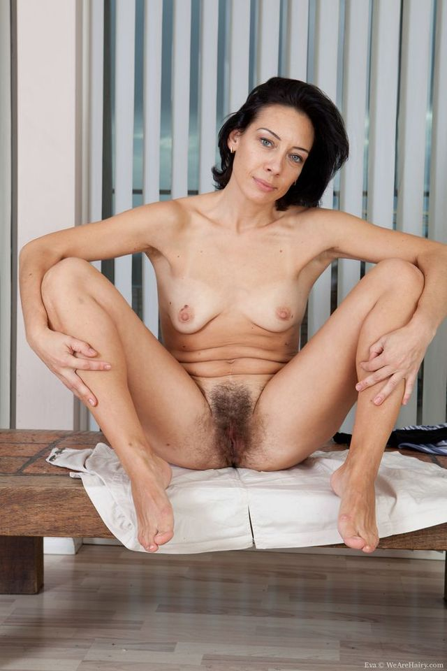 thick lady porn pics naked thick blonde mature legs furry dark coed picpost thmbs bush spread pubes