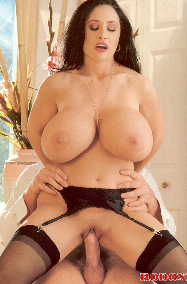 retro-big-tits-foto