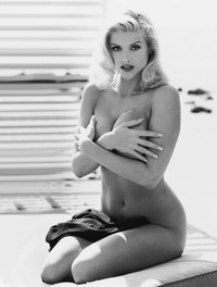 anna nicole smith porn anna nicole smith nude best cleavage playboy category celebrity page