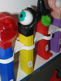 pez porn pez northeastern collectors gathering people