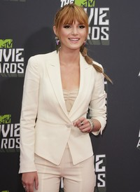 mature porn movie wennpic bella thorne mtv movie awards