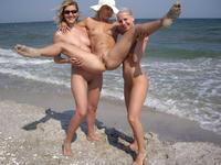 swinger porn amateur porn nude swinger couples beach photo