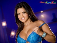 paradise porn star sunny leone bollywood indo canadian model actress