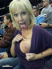 amateur big nipples pics blonde mother showing off nipples breasts game busty exposing