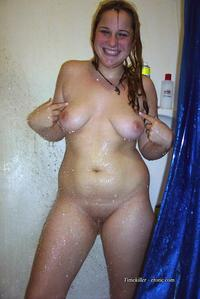 amateur girl pics young amateur girls take shower pics