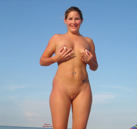 bald pussy pic pics fully shaved pussy beach