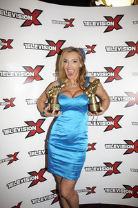 best reality porn pics main tanya tate shafta awards british porn triumphant milf year win