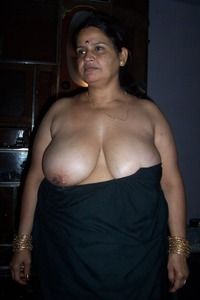 big bops xxx media original dos desi old aunties xxx boobs indian aunty