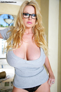big breast pic gallery kelly madison breast appreciation gallery
