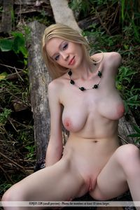 big natural titties pictures picpost thmbs natural tits blonde shaved pink pussy pics curvy brunette university girl hooters
