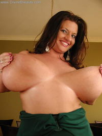 big natural titties pictures galleries maria moore huge natural boobs bigtits