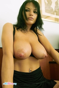 big nipples pics gallery milfs nipples