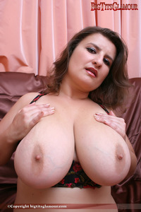 big nipples photos esnia tits glamour model directory
