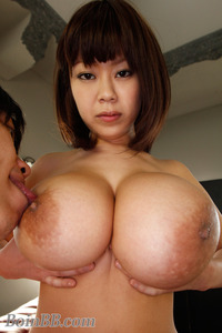 biggest boobs picture gallery bustyasians ria sakuragi squeezy boobs gallery