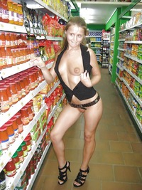 biggest porn galleries back nude shopping weird porn pics