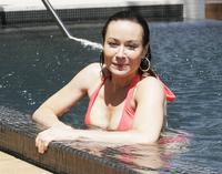 bikini sexy galleries amanda mealing sexy red bikini