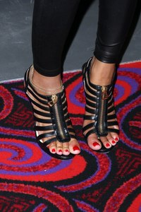 black woman foot worship meagan good feet threads keyshia cole some pretty ass toes page