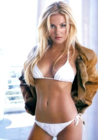 blondes in bikinis pics ivychat elisha cuthbert when start wonder thought
