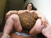 chubby women sex pic galleries plump amature fat woman bathing fetish