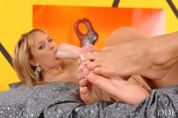 feet worship pics foot mistress sniffing feet female worship
