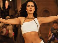 free hot bikinis server photos qzclaereqakkxm katrina kaif hot bikini body white blouse wallpapers