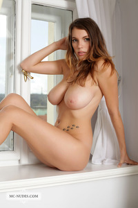 free pics of huge breasts sexy nudes samantha exposes wonderful breasts long legs
