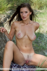 giant boob galleries pics boob amateur sexy tanlines posing outside tits attachment