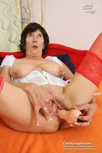 granny porn pictures hairy granny fills wet pussy category xxx porn