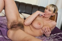 hairy cunt porn models vanessa sample