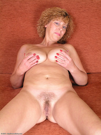 hairy women porn pics media naked woman porn