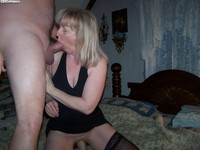 horny wives pic horny wives giving head
