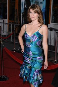 hot big bobs photo jewel staite serenity movie los angeles premiere hot sci chicks body